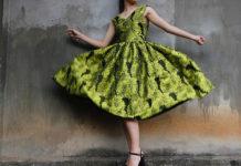 Jakie sukienki ubierać na oficjalne uroczystości?